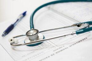 רופא הפרת סודיות רפואית פגיעה בפרטיות